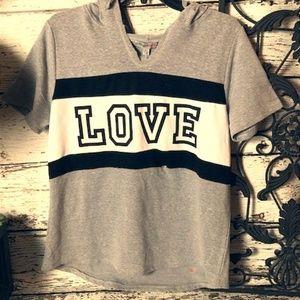 Short Sleeve Hooded Sweatshirt Size XL